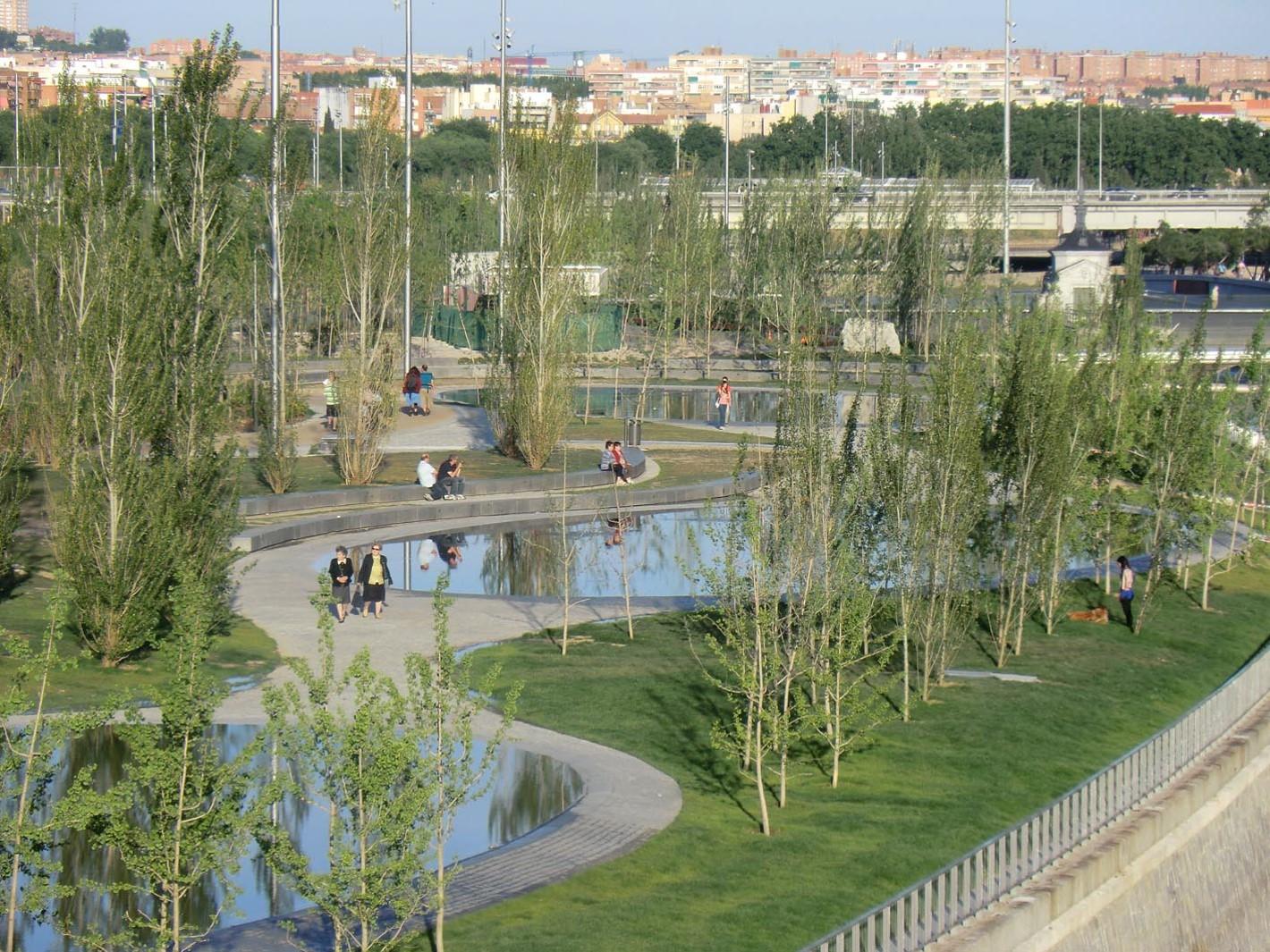 MADRID RIO, un nouveau espace vert public